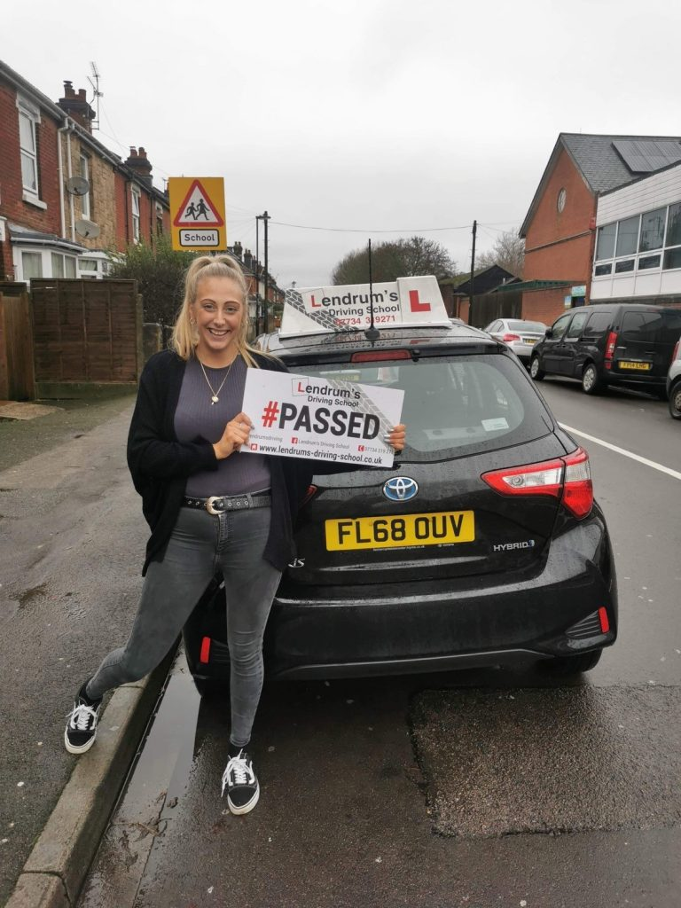 AUTOMATIC DRIVING LESSONS DRONFIELD & CHESTERFIELD